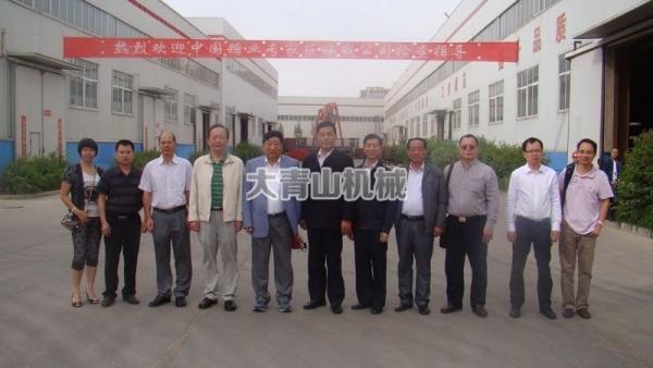 中国糖协专家组成员来公司检查指导